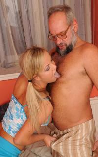 Проститутка Ася и дядя Толя